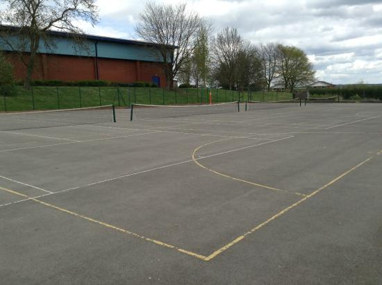 Trentham Community Sports Centre: 4 Outdoor tennis/netball courts