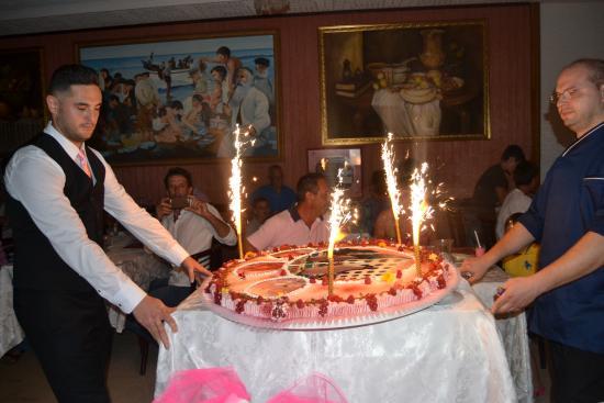 """San Pietro Hotel: Torta """"La notte Rosa"""""""