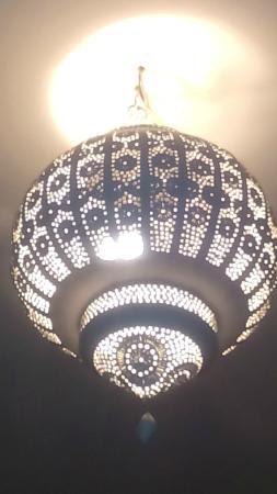 Riad Tahani: Detalle lámpara