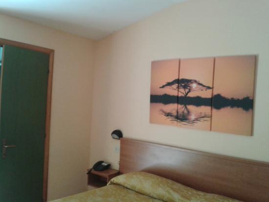 Turim Hotel: Camera 208