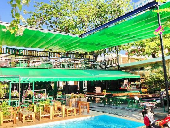 Pool Pub