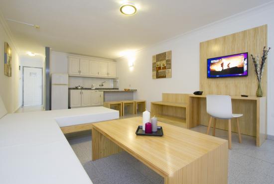 Ereza Apartamentos Los Hibiscos Updated 2019 Prices Hotel Reviews Lanzarote Puerto Del Carmen Tripadvisor