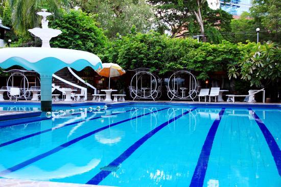 Seashore Pattaya Resort by Compass Hospitality: Seashore Pattaya Resort View of Our Stunning Pool