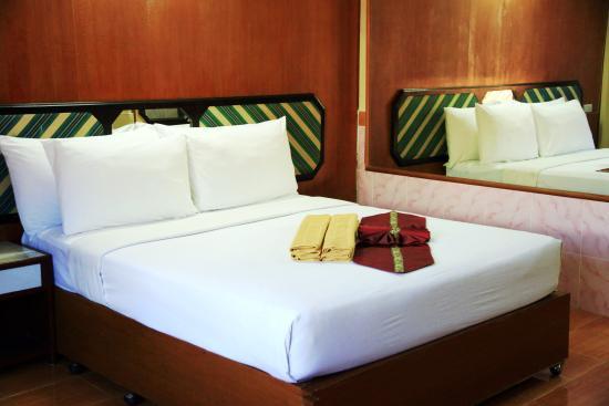 Seashore Pattaya Resort by Compass Hospitality: Spacious & Clean Room At Seashore Pattaya Resort