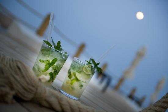 Ramada Resort Bodrum: Deck