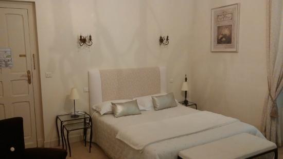 Hotel Bristol : Room 102