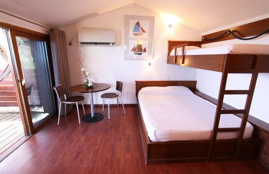 Residence moby dick prices apartment reviews porto for Appart hotel porto vecchio
