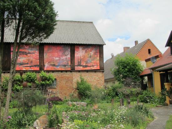 Kratzeburg, Alemania: Kunstwerke über Kunstwerke