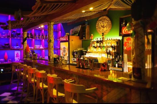 Mai Tai Tiki Bar