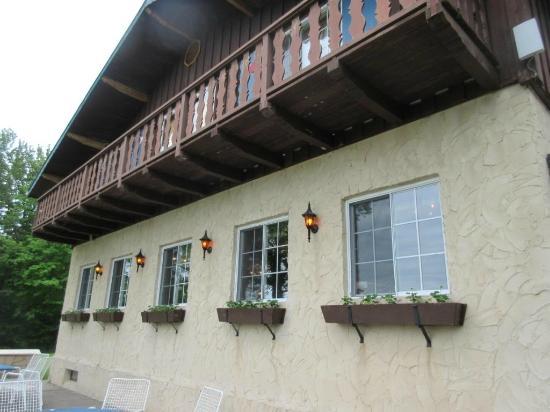 Salzburger Hof Dining Lounge: Exterior of restaurant