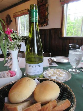 Salzburger Hof Dining Lounge: Wine