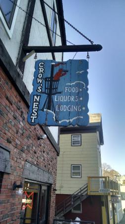 The Crow's Nest: Sign Outside