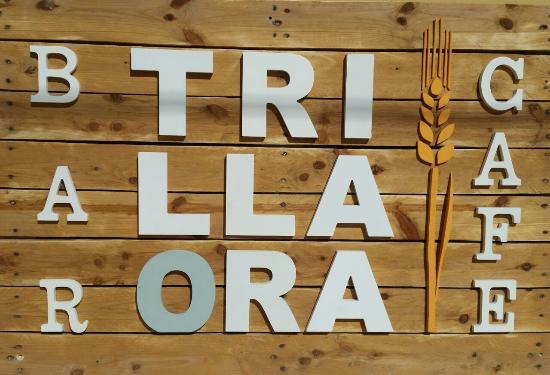 Trillaora Bar-Café