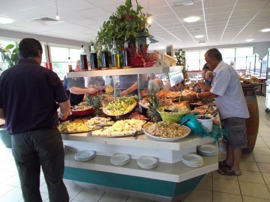 Toulon-sur-Allier, ฝรั่งเศส: une petit partie deu busset des entrées