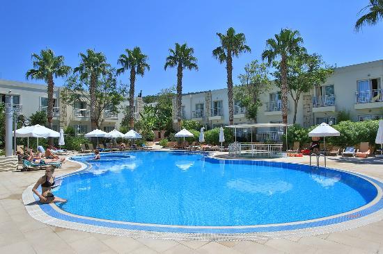 Mandarin Resort: Swimming Pool