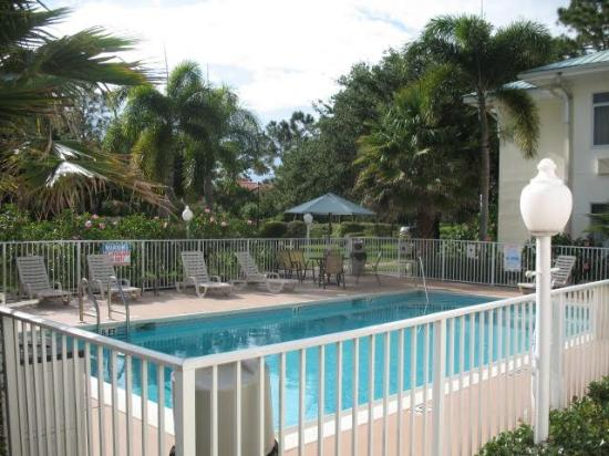 Port Saint Lucie, FL: Pool