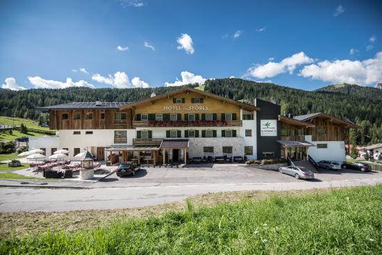 Mountain Nature Hotel Stores