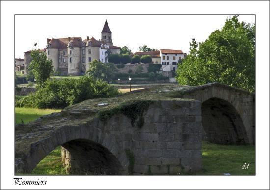 Chateau-prieure de Pommiers