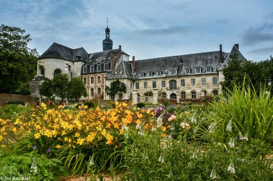 Abbaye de valloires avec son jardin picture of la table for Jardins de jardiniers