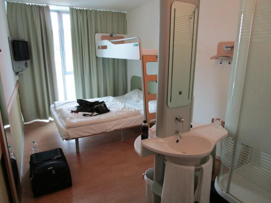 Ibis Budget Dusche Im Zimmer : Dresden City