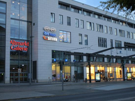 Ibis Budget Dusche Im Zimmer : Ibis Budget Dresden