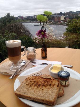 Desayunos con lo mejor vista de Puerto Varas