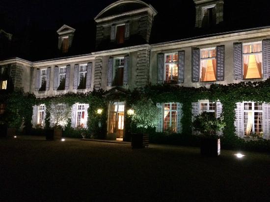 Château de Curzay : facade 1