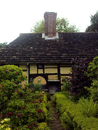 West Hoathly, UK: Priest House - West Hoathley