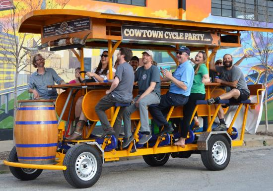 ‪Cowtown Cycle Party‬