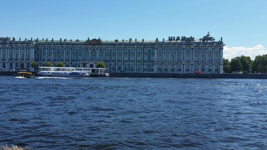 Частные туры по Санкт-Петербургу
