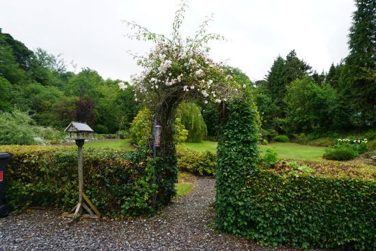 An Bruachan: Garden area