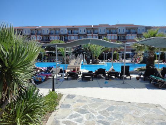 Paradise Friends Yali Hotel & Resort: piscina