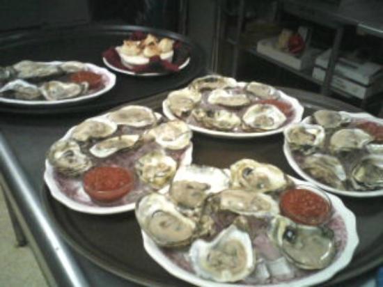 Trevor, WI: Fresh Oysters