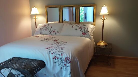 Husum Riverside Bed & Breakfast