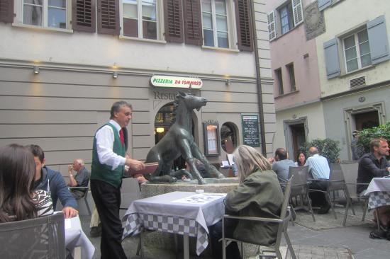 Restaurant Einhorn - Pizzeria da Tommaso: Restaurant Pizzeria de Thomasso patio