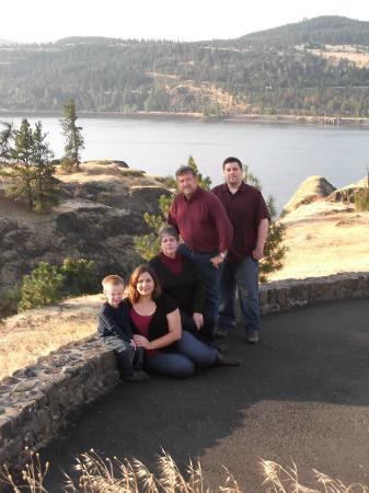 Husum, WA: Host Family: Aaron, David and Connie Nice & Rachel and Aaron Short