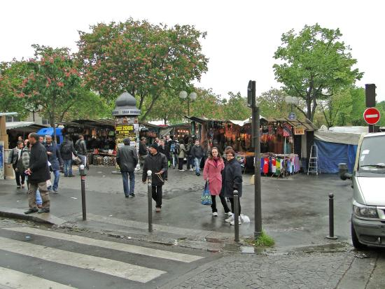 motore picture of marche aux puces de saint ouen saint ouen tripadvisor. Black Bedroom Furniture Sets. Home Design Ideas