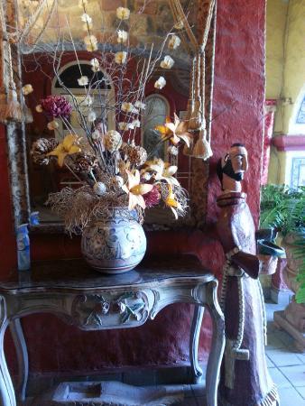 La Nueva Posada: Display by dining room