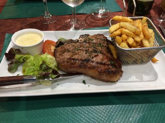 Les Jardins d'Eragny : T-bone de veau!! Au top :)