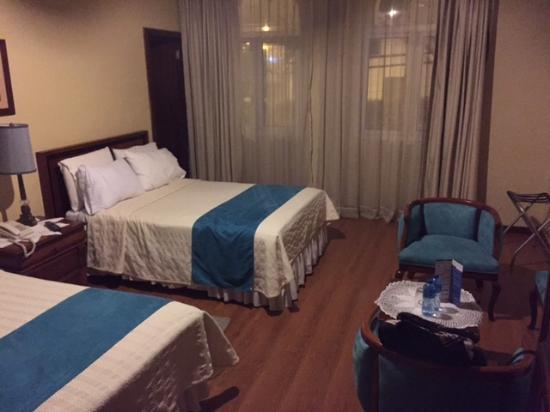 Hotel La Casona : Quarto muito espaçoso
