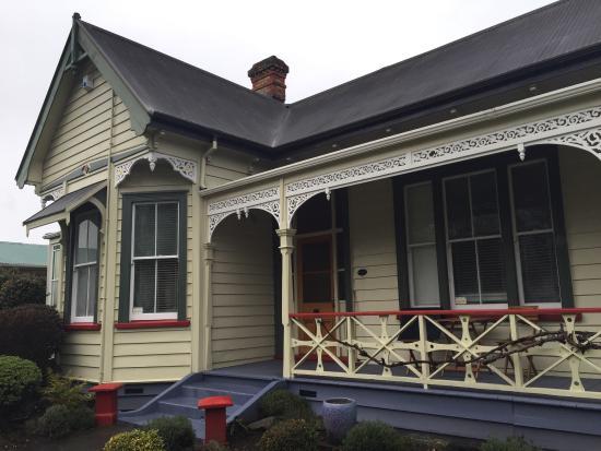 Robertson House: photo0.jpg