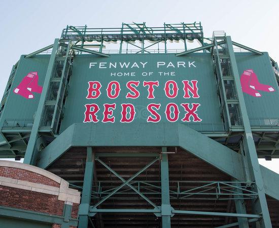 8 minut datování boston recenze