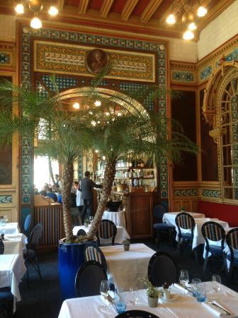 Decor Art Nouveau A L Interieur De Restaurant Picture Of La
