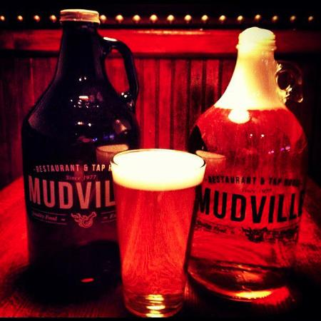 Photo of American Restaurant Mudville 9 at 126 Chambers Street, New York, NY 10007, United States