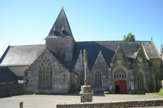 Notre-Dame-de-la-Tronchaye