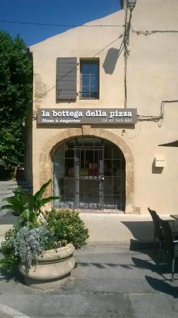 Rognes, Frankrike: la bottega della pizza