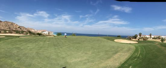 Cabo Real Golf Course: Dad on the course!