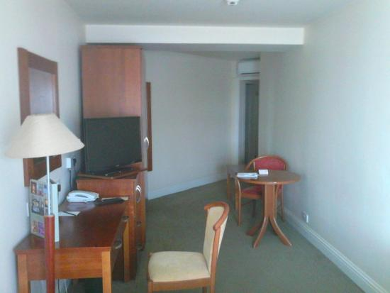 Carnegie Court Hotel : Room 215