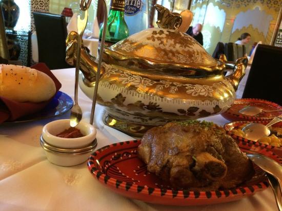 Corbeil-Essonnes, Frankreich: Coucous d'agneau.. Hum! Délicieux!