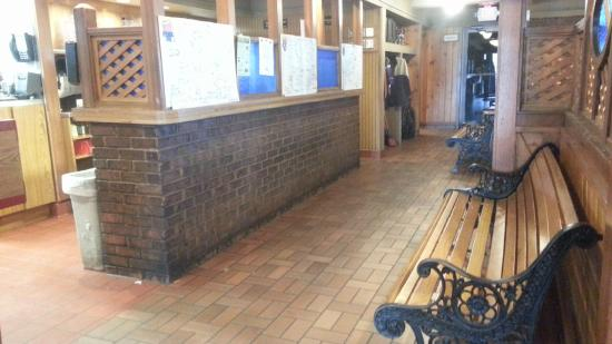 Waiting Area With Benches After Weekday Lunch It Clears Out No Surprise Picture Of Pizza Hut Angola Tripadvisor